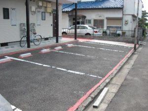 仙台市泉区Aアパート駐車場路面塗装(施工中)